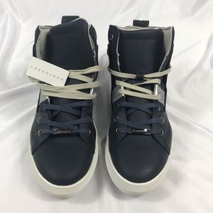 NWT- Sean John high top sneakers size 11